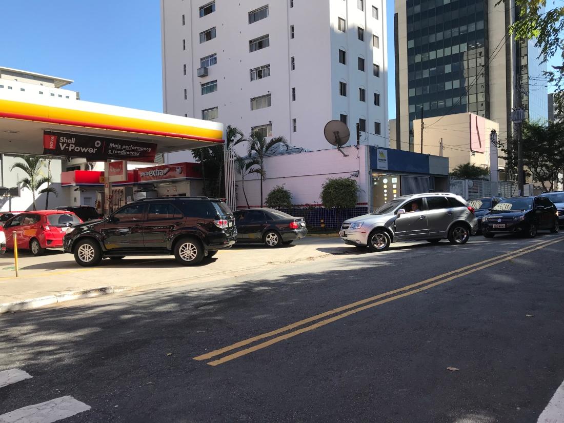 gas-station-lines.jpeg